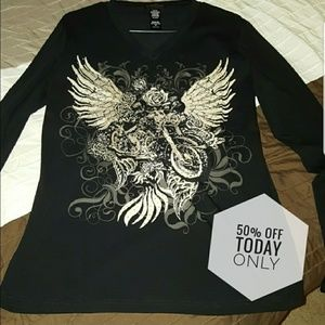 Tops - V-neck long sleeve top bling motorcycle graphic